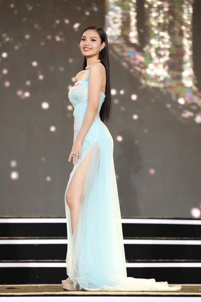 Hai cô gái xứ Thanh tuổi 19 vào Chung kết Hoa hậu Việt Nam 2020 - ảnh 5