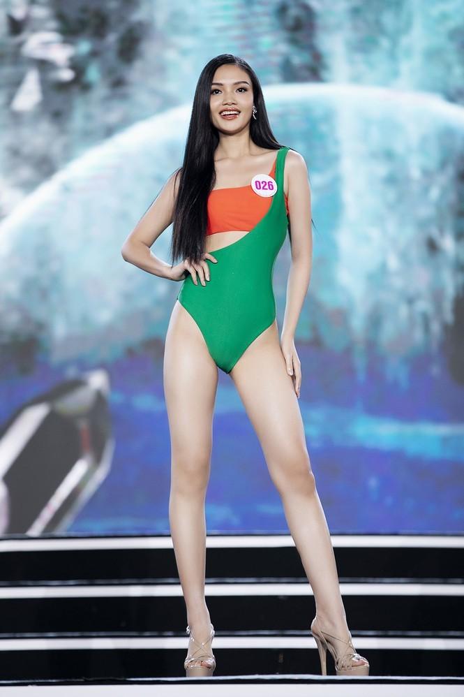 Hai cô gái xứ Thanh tuổi 19 vào Chung kết Hoa hậu Việt Nam 2020 - ảnh 6