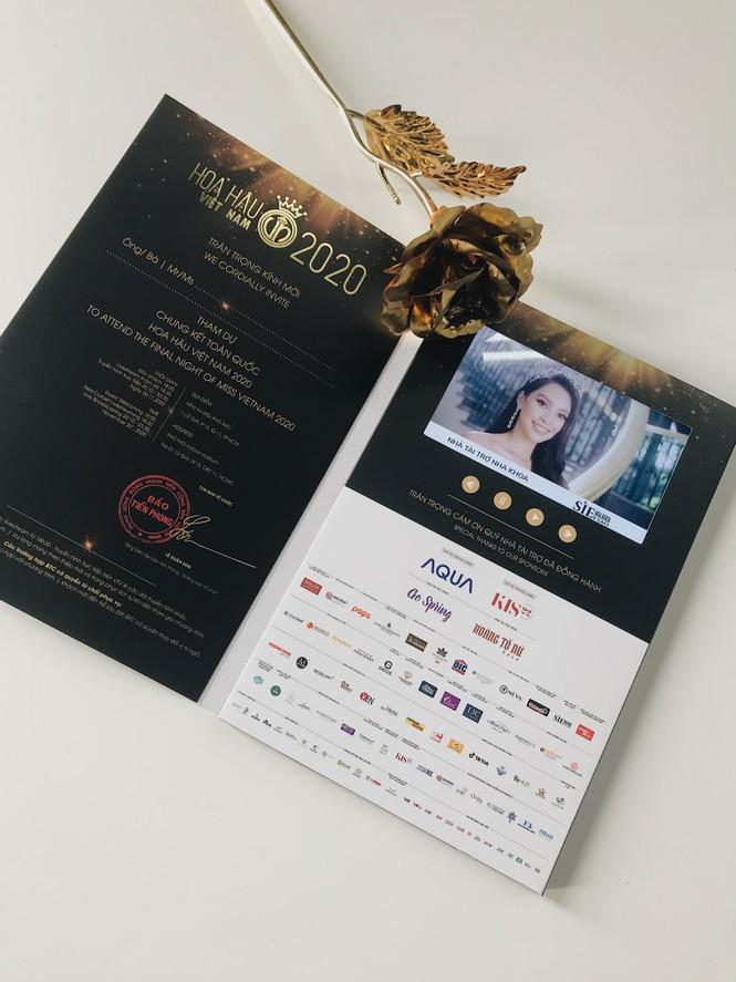Hé lộ vé mời đặc biệt tham dự đêm Chung kết toàn quốc Hoa Hậu Việt Nam 2020 - ảnh 2