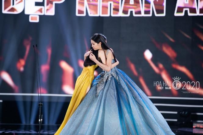 Hotgirl hàng không duy nhất lọt Top 10 Hoa hậu Việt Nam 2020 - ảnh 8