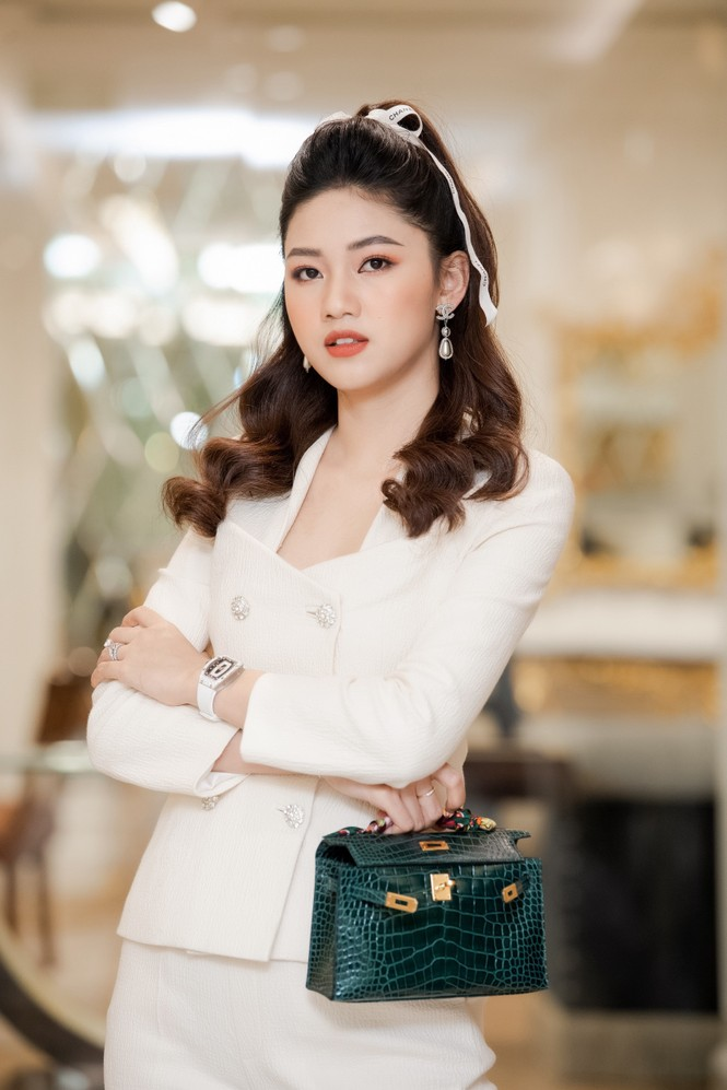 Á hậu Ngô Thanh Thanh Tú bật mí về cuộc sống 'bỉm sữa' và ông xã doanh nhân - ảnh 5