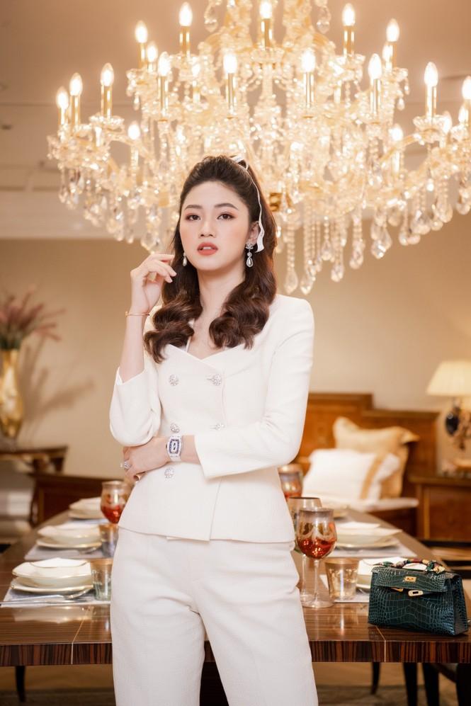 Á hậu Ngô Thanh Thanh Tú bật mí về cuộc sống 'bỉm sữa' và ông xã doanh nhân - ảnh 4