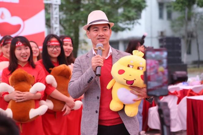 Nghệ sĩ Xuân Bắc cùng dàn sao 'đốt cháy' sân khấu Chủ nhật Đỏ - ảnh 1