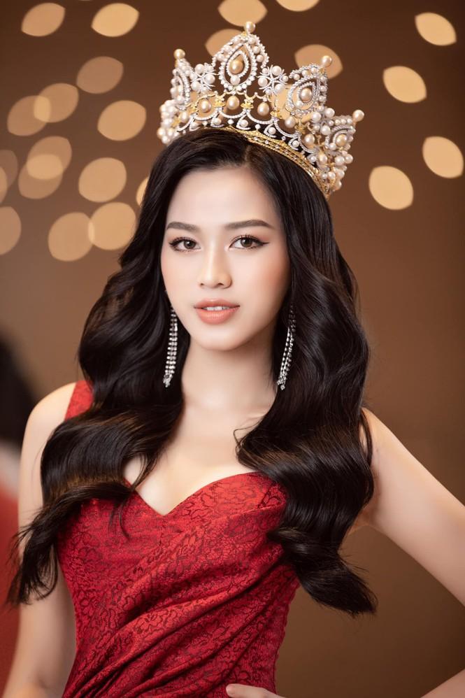 Đỗ Thị Hà chia sẻ thời điểm khó khăn nhất sau đăng quang Hoa hậu Việt Nam 2020 - ảnh 3