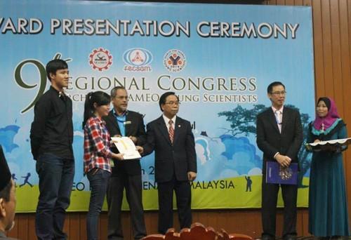 Rơm, gỗ mục và kỳ tích quốc tế của 3 cô cậu trường Việt Đức - ảnh 1
