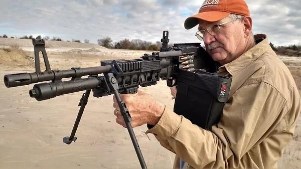 Súng máy và súng trường khác nhau như thế nào - ảnh 6