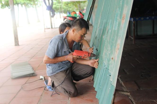 Nghệ An: Miền núi xả hồ thủy lợi, ki ốt miền biển đóng cửa ứng phó bão Podul - ảnh 4