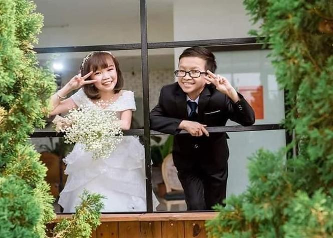 """Đám cưới của cặp vợ chồng """"tí hon"""" khiến nhiều người xúc động - ảnh 1"""
