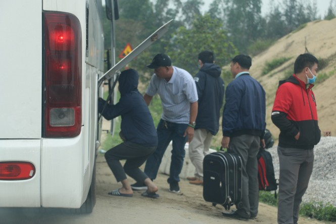 Sau tết, lao động Nghệ An hối hả đón xe vào Nam, ra Bắc - ảnh 10