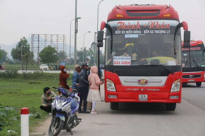 Sau tết, lao động Nghệ An hối hả đón xe vào Nam, ra Bắc - ảnh 5