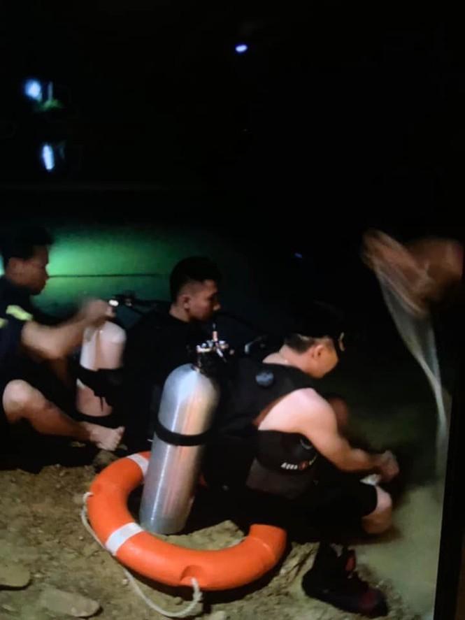 Đi đánh cá trong đêm, hai chú cháu bị đuối nước thương tâm - ảnh 1