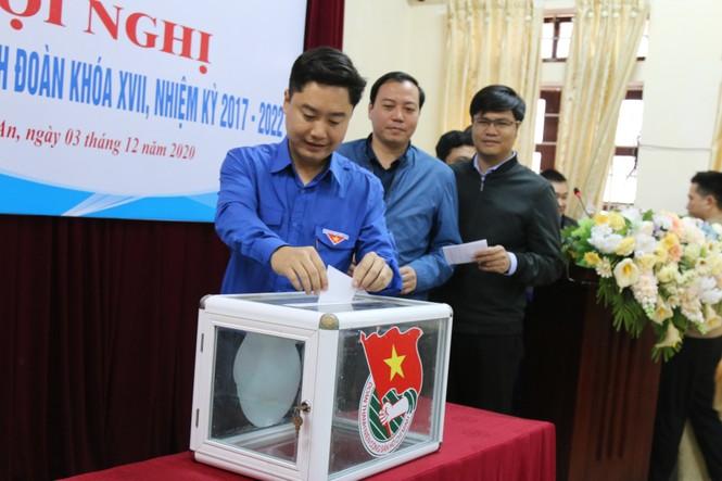 Anh Lê Văn Lương giữ chức Bí thư Tỉnh đoàn Nghệ An - ảnh 1