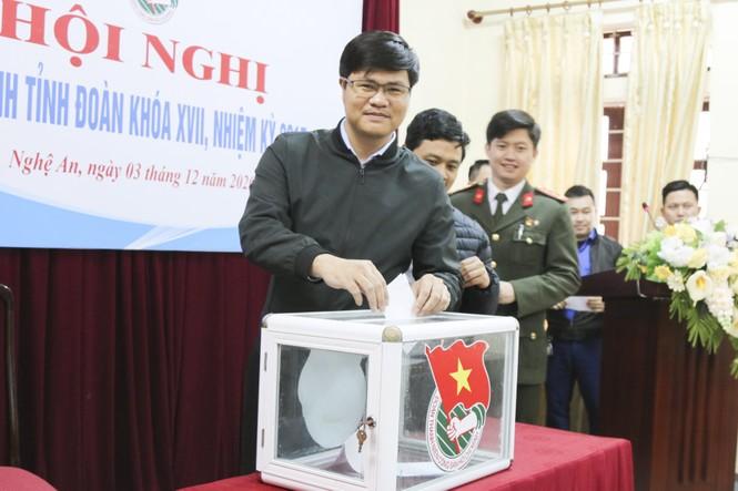 Anh Lê Văn Lương giữ chức Bí thư Tỉnh đoàn Nghệ An - ảnh 2