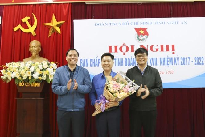 Anh Lê Văn Lương giữ chức Bí thư Tỉnh đoàn Nghệ An - ảnh 6