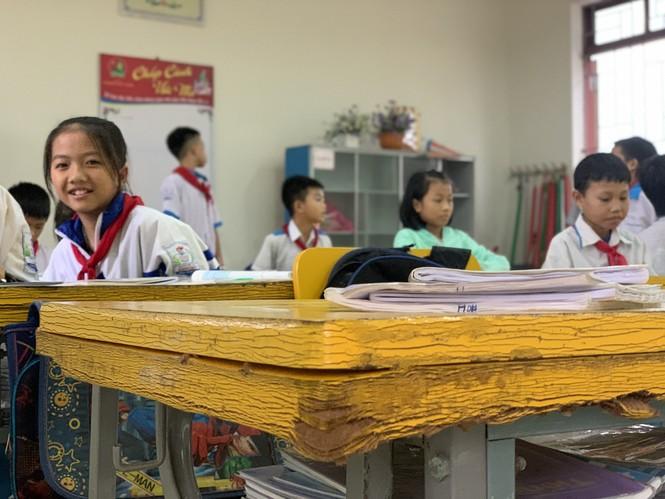 Nhiều trường học Hà Tĩnh chồng chất khó khăn sau lũ - ảnh 1