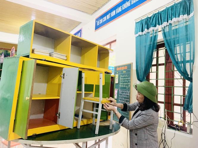 Nhiều trường học Hà Tĩnh chồng chất khó khăn sau lũ - ảnh 3