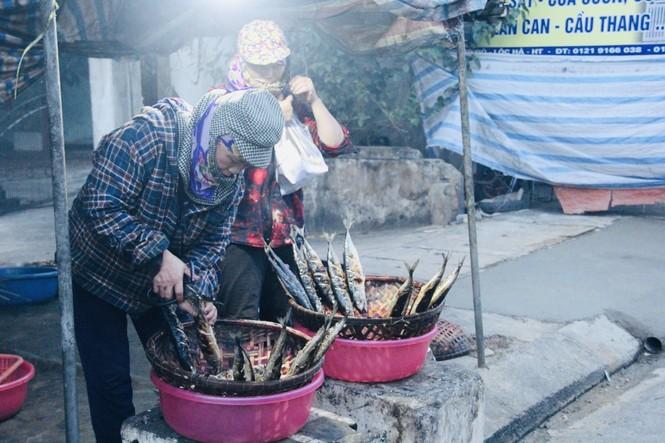 Thơm lừng làng cá nướng ngày Đông giá - ảnh 13