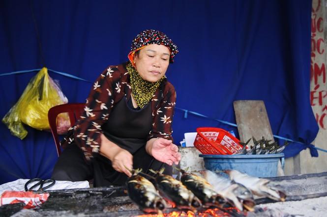 Thơm lừng làng cá nướng ngày Đông giá - ảnh 6