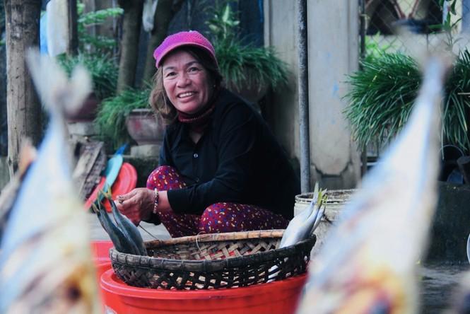 Thơm lừng làng cá nướng ngày Đông giá - ảnh 9
