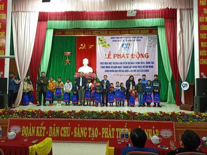 Tuổi trẻ Hà Tĩnh đồng loạt ra quân chào mừng ngày thành lập Đoàn   - ảnh 6