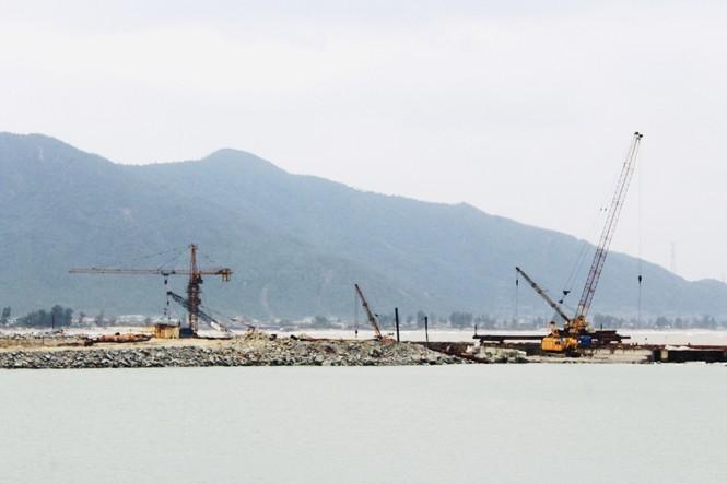   Cầu cảng gần 1.500 tỷ làm mãi không xong tiếp tục xin gia hạn - ảnh 3