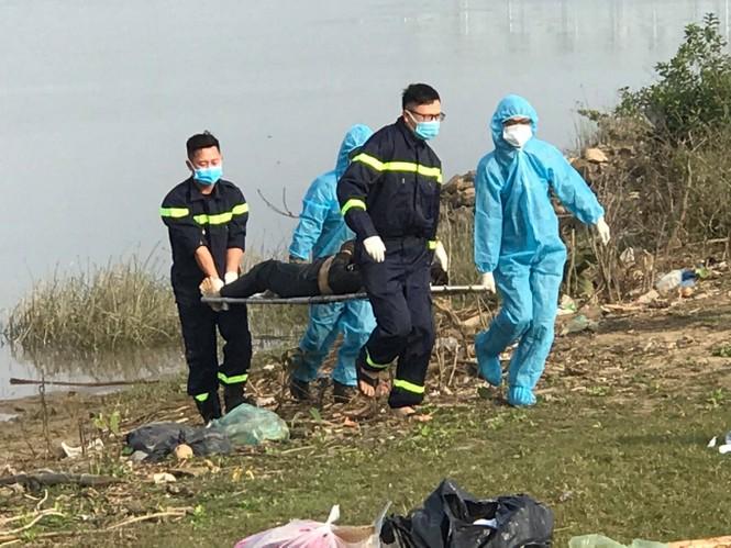 Tìm thấy thi thể người phụ nữ nhảy cầu sau gần 5 ngày tìm kiếm - ảnh 1