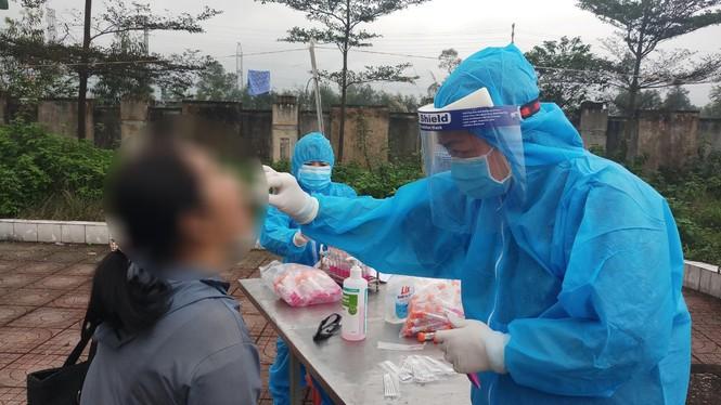 Cô gái khai báo gian dối trốn cách ly tại Hà Tĩnh có kết quả âm tính SARS-CoV-2 - ảnh 1