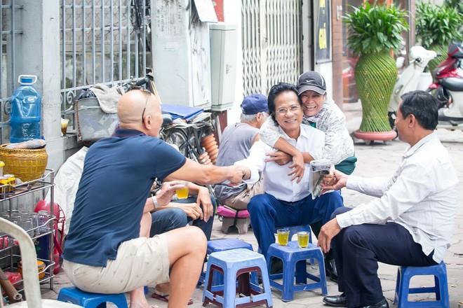 Chế Linh, Ngọc Sơn đi chung 'con đường xưa' ở Quảng Ninh - ảnh 3