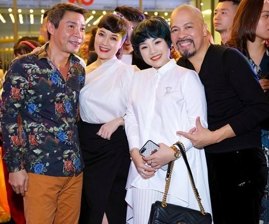 Dàn sao đình đám đi xem phim của 'vợ chồng' Đàm Vĩnh Hưng -Trang Trần - ảnh 3