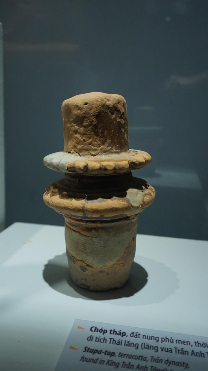 Ngắm hiện vật quý hàng trăm năm tuổi gắn với Phật hoàng Trần Nhân Tông - ảnh 6