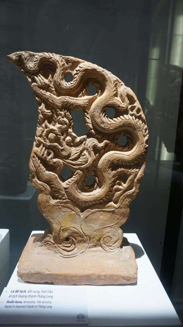 Ngắm hiện vật quý hàng trăm năm tuổi gắn với Phật hoàng Trần Nhân Tông - ảnh 3