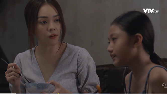 Tiệm ăn dì ghẻ tập 1: Dương Cẩm Lynh hoang mang vì chồng cũ vừa ra tù đòi xin cơm nhà - ảnh 1