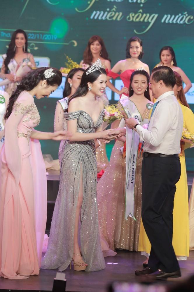 Huỳnh Thúy Vi đăng quang Người đẹp Du lịch Cần Thơ 2019 - ảnh 7