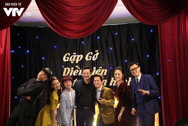Thu Quỳnh, Thanh Hương, Phương Oanh quẩy tưng bừng 'Đi đu đưa đi' - ảnh 1