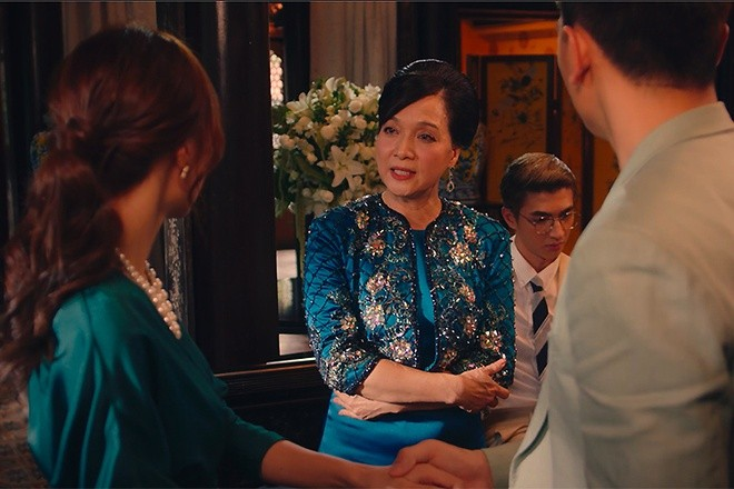 Phim Tết chiếu rạp: Choáng với nhan sắc mẹ chồng Lê Khanh - ảnh 1