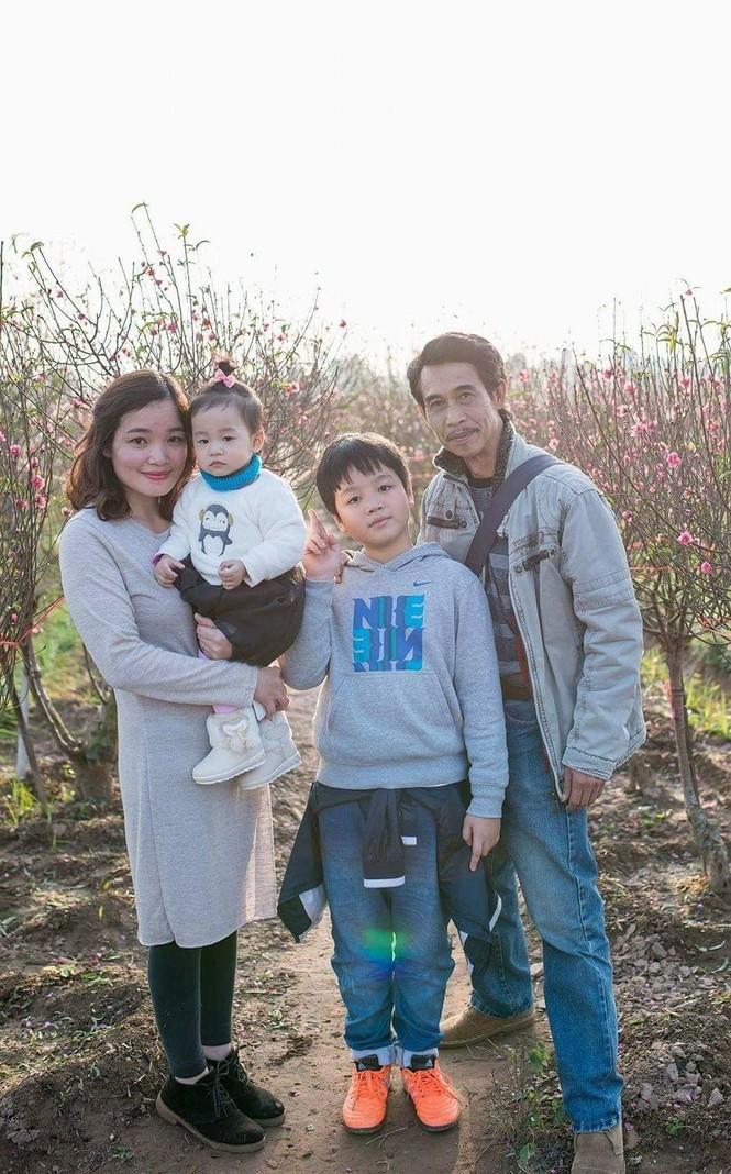 NSƯT Phú Đôn: Khắc khổ là thương hiệu, 'trói đời' rất muộn bên vợ kém 25 tuổi - ảnh 5