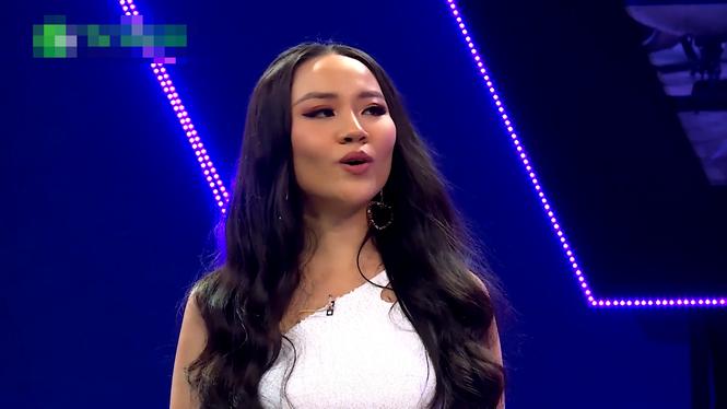 Nữ MC Phong Linh bất ngờ lên gameshow hẹn hò vì đường tình duyên trắc trở - ảnh 1