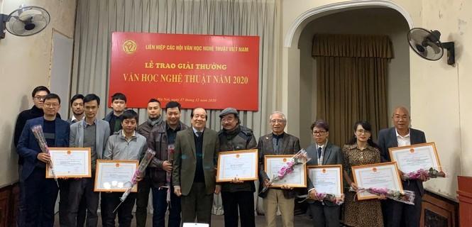 'Về nhà đi con' được tặng Giải thưởng Hội Liên hiệp Văn học nghệ thuật Việt Nam - ảnh 1