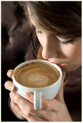 Uống cà phê giúp tăng cường trí nhớ  - ảnh 1
