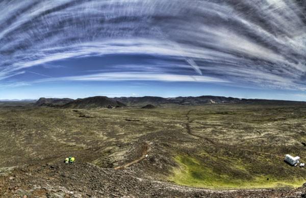 Liều mình khám phá lòng núi lửa  - ảnh 7