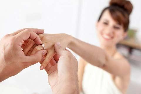 Không học chữ 'nhẫn', vợ đẩy chồng vào vòng tay nhân tình - ảnh 1