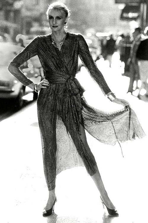 Phong cách dạo phố đẳng cấp của các quý cô xưa  - ảnh 10