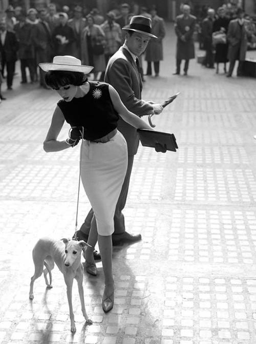 Phong cách dạo phố đẳng cấp của các quý cô xưa  - ảnh 3