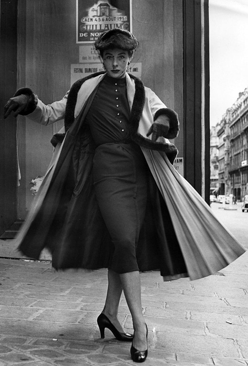 Phong cách dạo phố đẳng cấp của các quý cô xưa  - ảnh 4