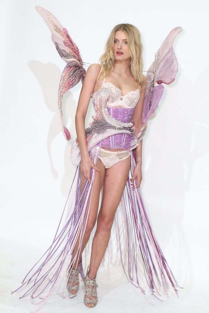 Hé lộ dàn 'thiên thần nội y' trong show Victoria's Secret 2014 - ảnh 6