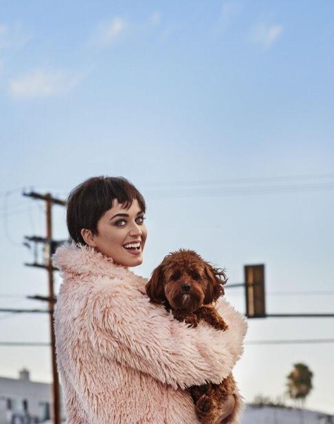 Katy Perry khoe dáng gợi cảm, cá tính - ảnh 4