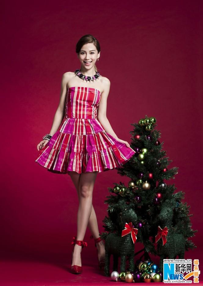 Angelababy xinh đẹp rạng rỡ mừng Giáng sinh - ảnh 6