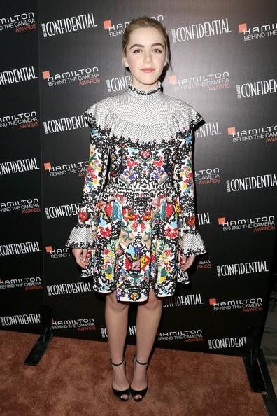Gout thời trang 'nhìn là mê' của nữ diễn viên 16 tuổi - ảnh 17