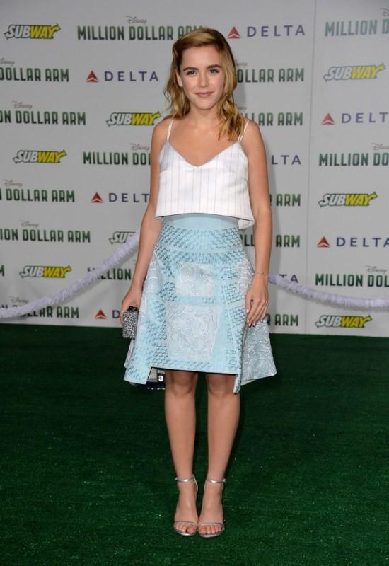 Gout thời trang 'nhìn là mê' của nữ diễn viên 16 tuổi - ảnh 7