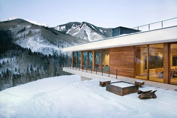 Những ngôi nhà phủ đầy tuyết trắng khắp thế giới - ảnh 8